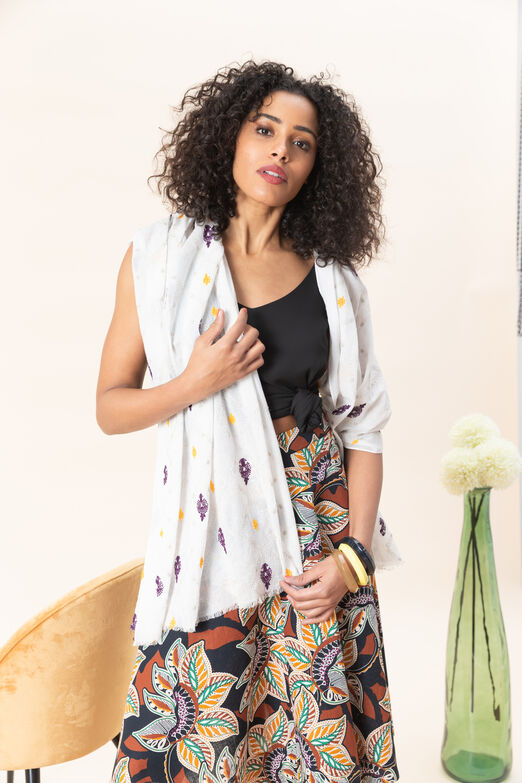 e5eb3a0722681 Echarpe femme: foulard et grosse étole chic | CAROLL